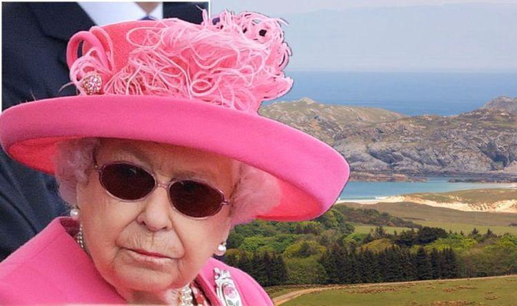 Queen Elizabeth's unusual idea of holiday 'heaven' includes 'a burnt sausage'