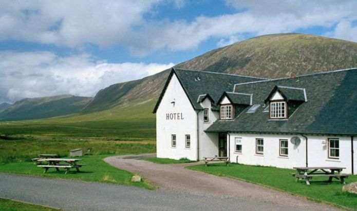 When can hotels reopen in Scotland?