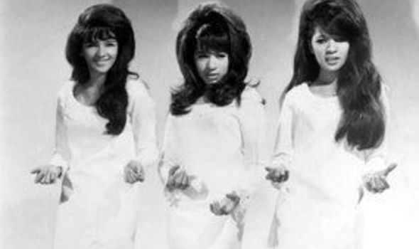 Sweet Baby Girl Wallpaper For Facebook Album Review The Ronettes Be My Baby The Very Best Of