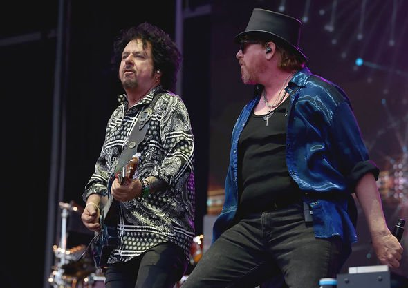 Steve Lukather and Joseph Williams of Toto