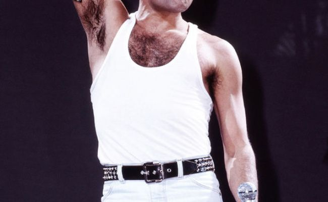 Freddie Mercury Died 25 Years Ago Today 7 Facts On The