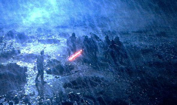 Rey sees Kylo Ren kill Luke's Jedi