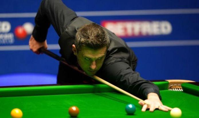 World Snooker Championship final LIVE: Mark Selby vs Shaun Murphy updates