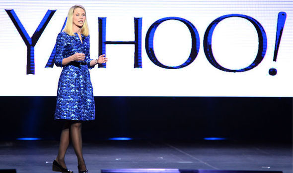 yahoo ceo marissa mayer step down takeover