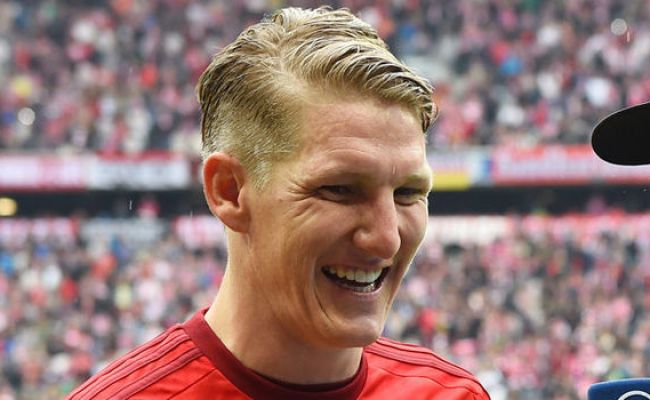 Man United Confirm The Signing Of Midfielder Bastian