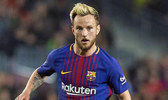 Man Utd Transfer News: Ivan Rakitic considering Barcelona future after Jose Mourinho talks