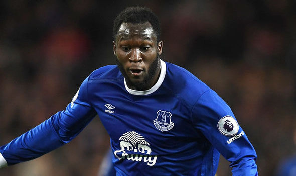 Romelu Lukaku in action for Everton against Manchester United