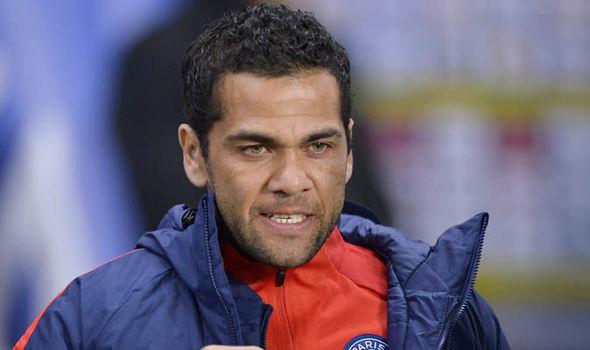 Man Utd news Antonio Valencia Dani Alves PSG