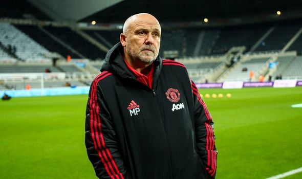 What Man Utd coach Mike Phelan is REALLY like... one of his former stars  peaks out | Football | Sport | Express.co.uk