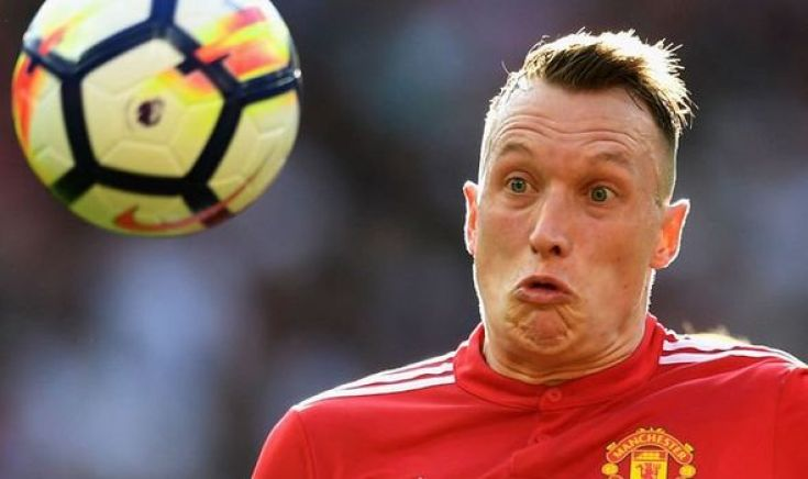 Man Utd defender Phil Jones is the most VAIN player in dressing ...