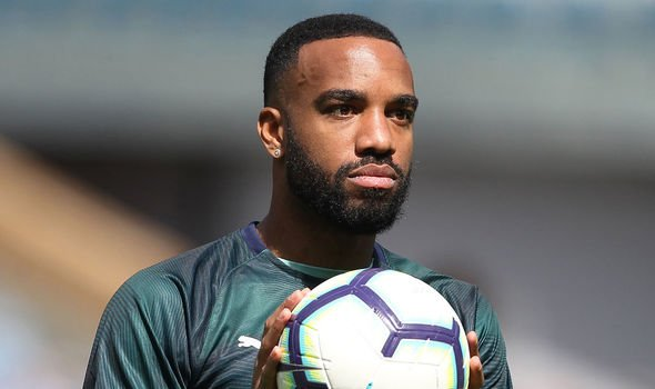 Transfer news LIVE: Arsenal striker Alexandre Lacazette has admitted he is flattered to have been linked with Barcelona
