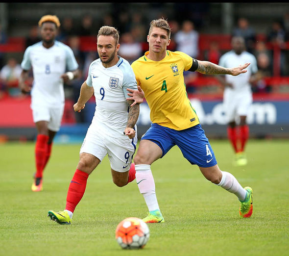 Lyanco playing against England