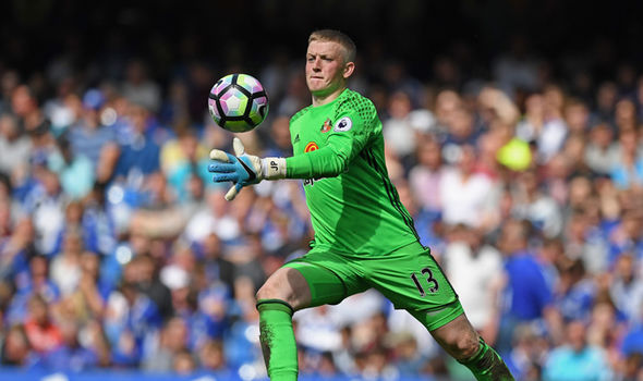 Everton have reportedly offered a paltry £8m for Sunderland star Jordan Pickford