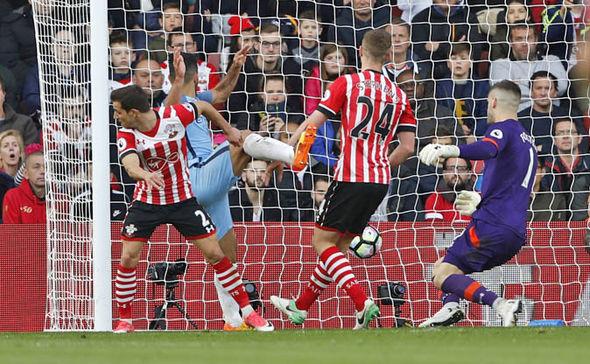 Southampton v Manchester City Aguero goal