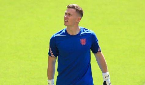 England dealt Dean Henderson blow as Man Utd star withdraws from Euro 2020 through injury