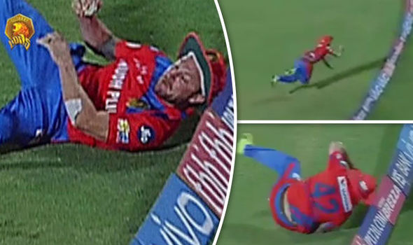 IPL star Brendon McCullum nearly catches out Chris Gayle