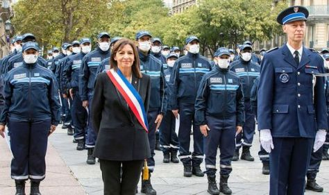 Paris police unarmed! New force goes gunless under the orders of city council