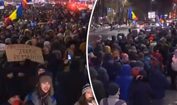 Romanian protesters in the city