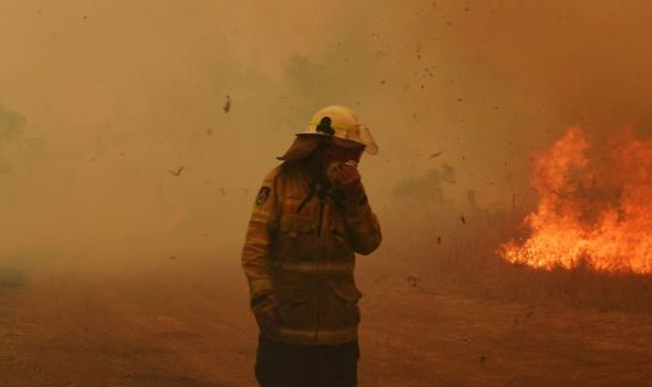 Sydney Fires Nsw Roads Closed Due To Fires Air Quality