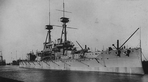 HMS Vanguard warship