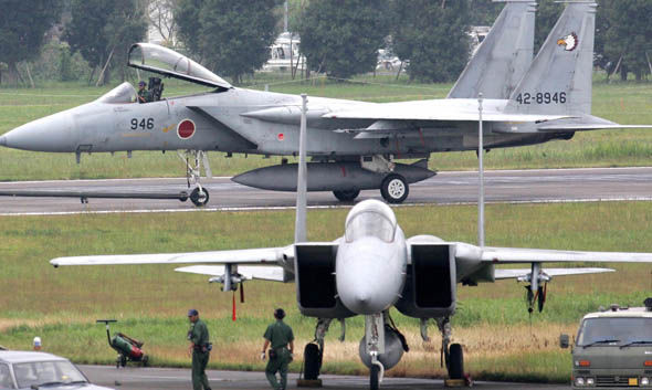 Japanese F-15 fighter jets