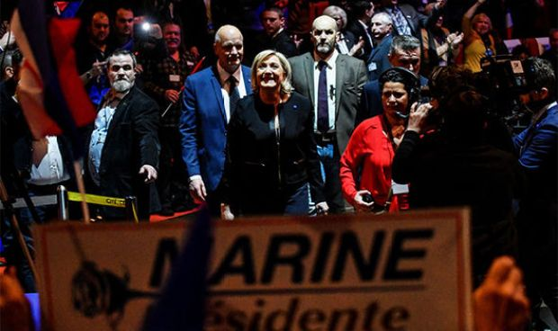 Le Pen spoke to a crowd of 3,000 in France