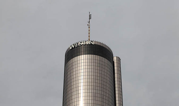 The 73-story cylindrical Westin Peachtree Plaza Hotel
