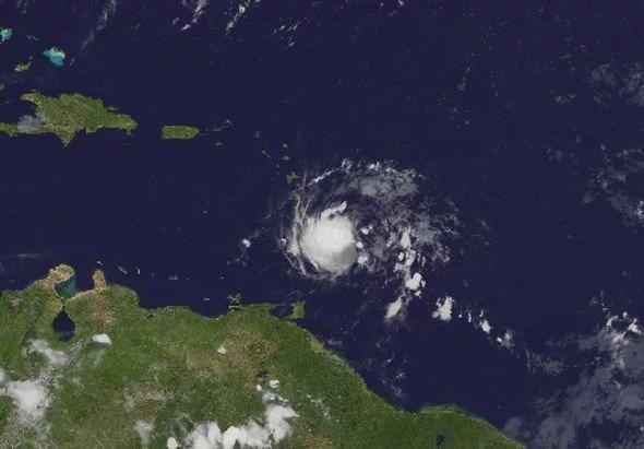 hurricane dorian path live