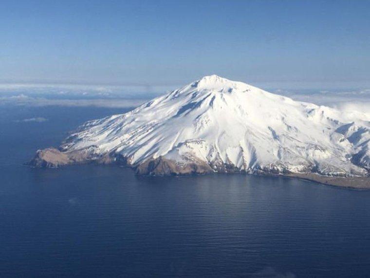 Erupción del volcán de Alaska: Great Sitkin