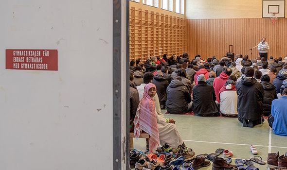 migrant centre Sweden bomb