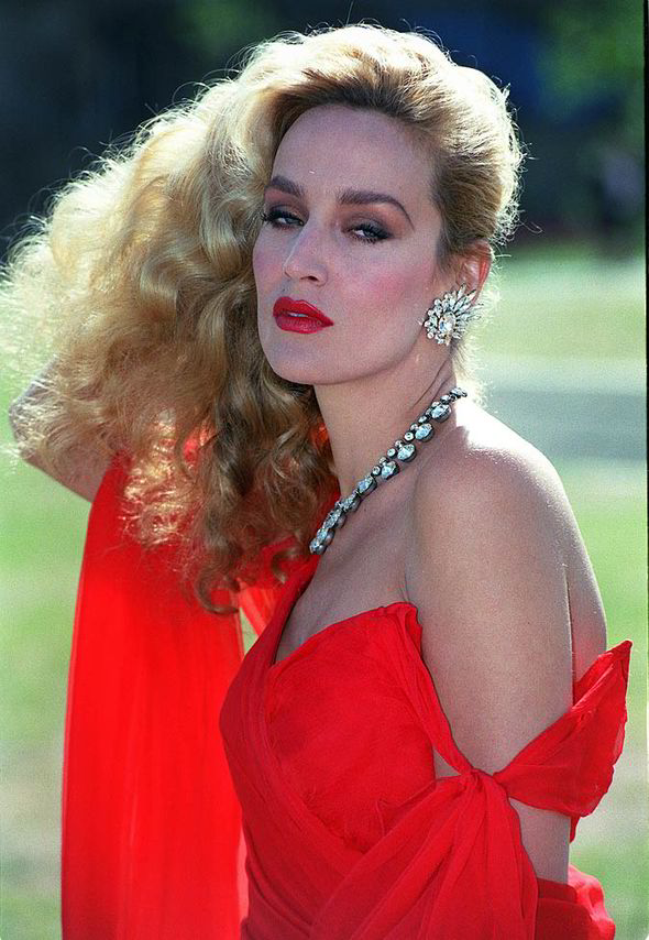 Surprise Jerry Hall Cuts Off Her Infamous Mane And