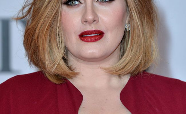 Adele She Might Never Sing Again Singer S Team In