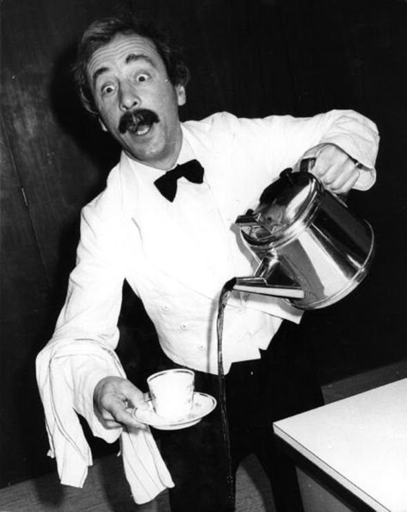 Andrew was best known for his role as Spanish waiter Manuel in 70s sitcom Fawlty Towers