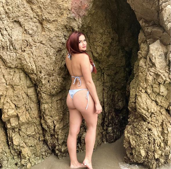 Ariel Winter showed off her peachy behind