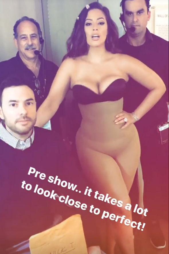 Ashley Graham Instagram Miss Universe underwear cleavage