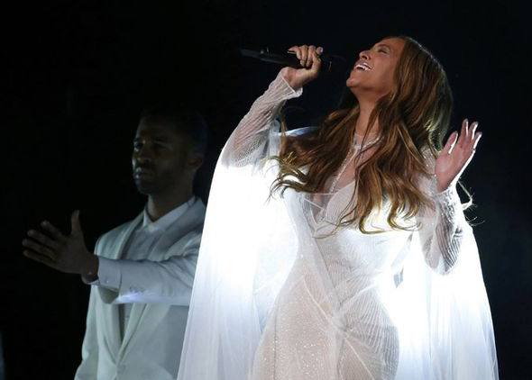Image result for beyonce performance at grammy