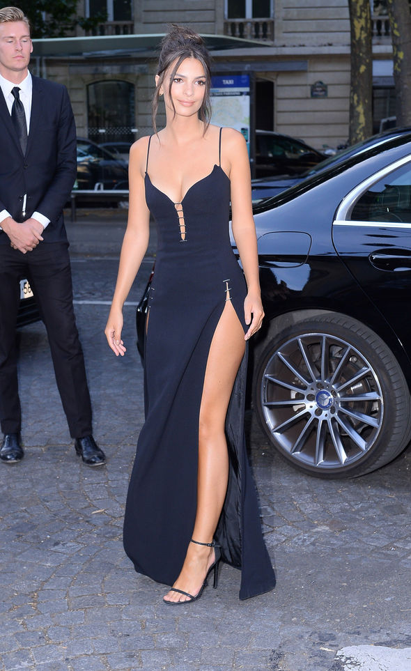 Emily Ratajkowski's gown had two thigh-high slits