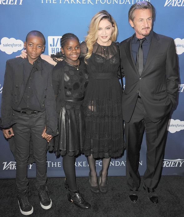 Madonna adopt Malawi two children