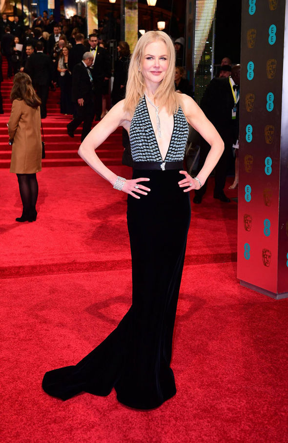Nicole Kidman BAFTAs 2017 red carpet