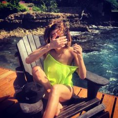 How To Make A Wooden Chair Standing Desk Stool Caroline Flack Sports Wet Hair And No Make-up In Sexy Holiday Snap   Celebrity News Showbiz ...