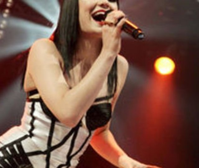 Jessie J Admits Money Was So Tight In The Early Days She Used To Live Out