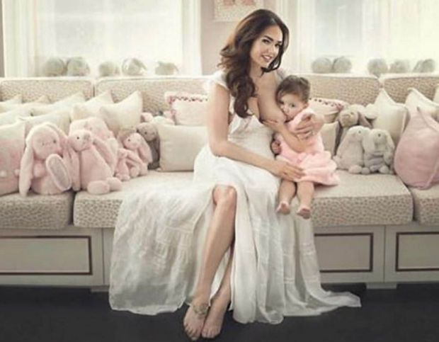 Tamara Ecclestone breastfeeding