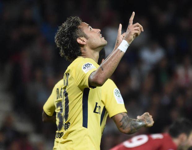 Neymar PSG debut goal score Guingamp