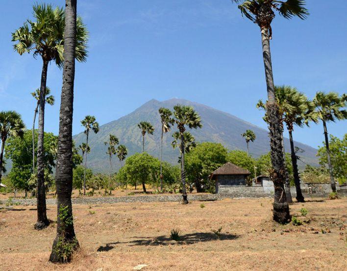 Mount Agung volcano from the Kubu sub-district in Karangasem Regency on Indonesia's resort island of Bali on October 6, 2017