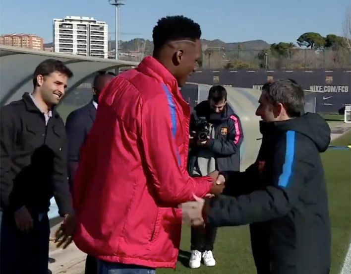 Yerry Mina was a towering presence as he met his new Barcelona team-mates