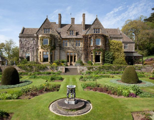 Exterior views of the property at Abbotswood Estate in the Cotswolds