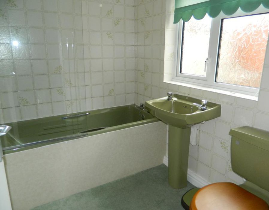 Avocado bathroom suites is another hated from 70s  10
