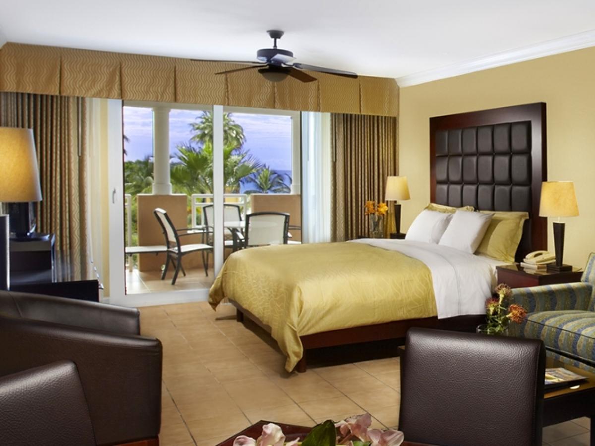 3 Pics Resort Room Beach Aruba And Divi Bed Golf