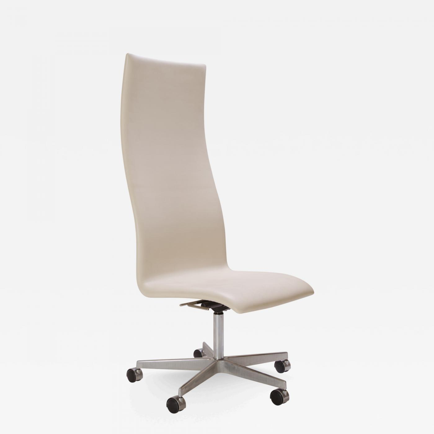 ivory leather office chair powder room rail arne jacobsen oxford high back in by for fritz hansen