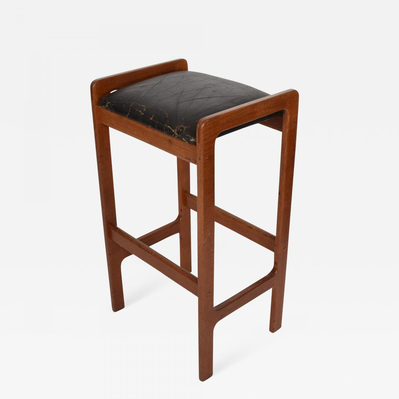 Hans Wegner Danish Modern Teak Bar Stool With Leather Seat